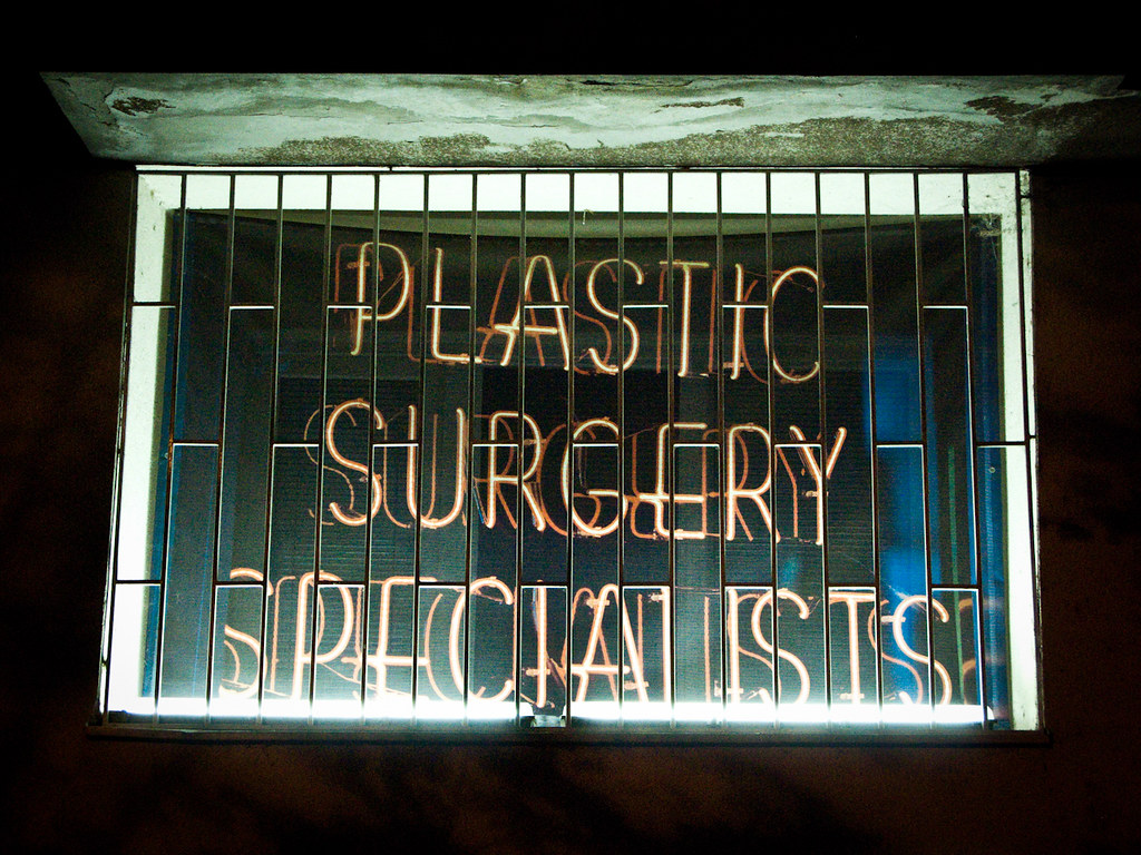 Neon Sign Plastic Surgery Specialists