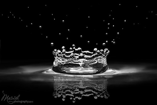 A crown of water