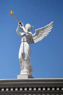 Trumpeting angel