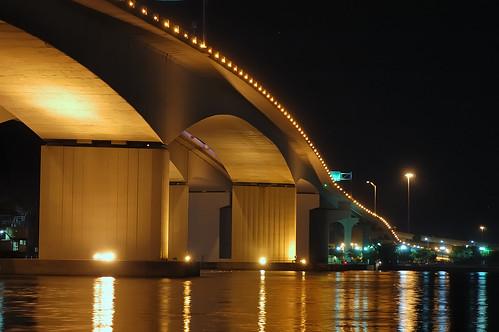 Acosta Bridge