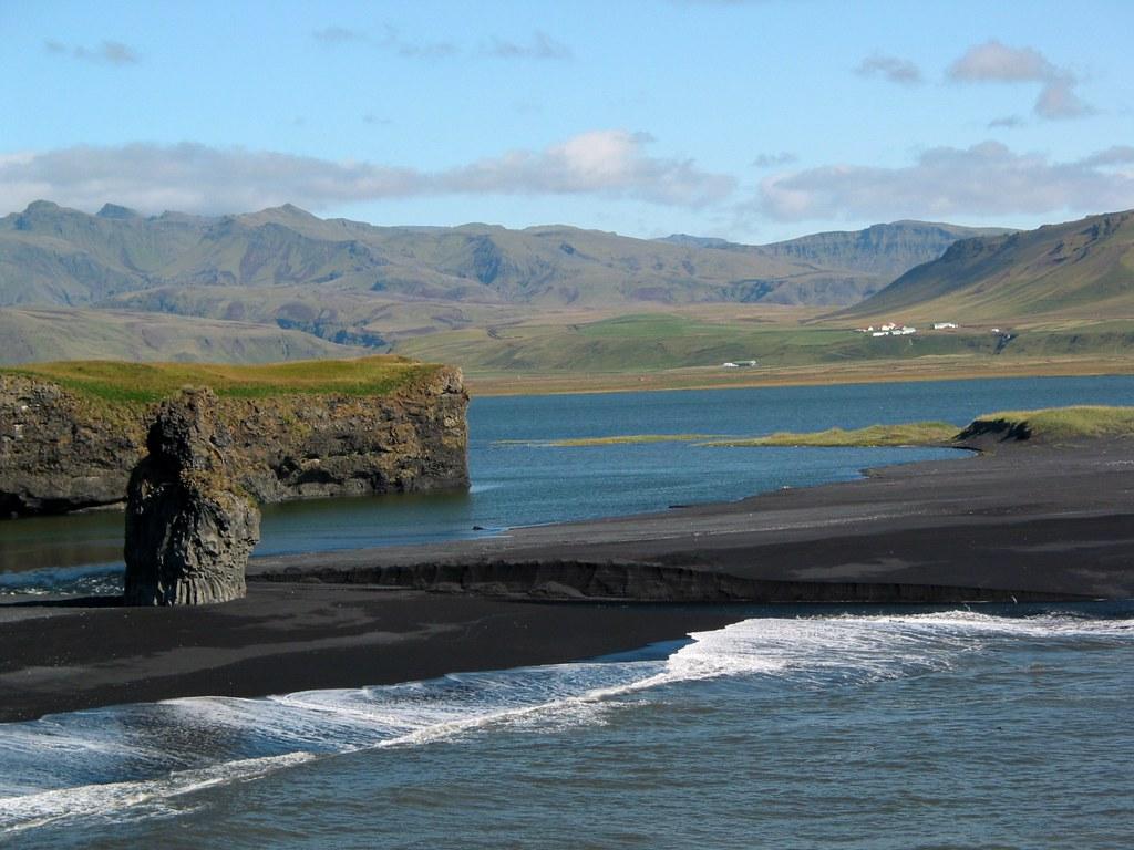 Dyrholaey исландия