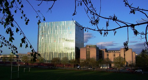 University of Aberdeen's new library seen alongside the existing Queen Mother Library