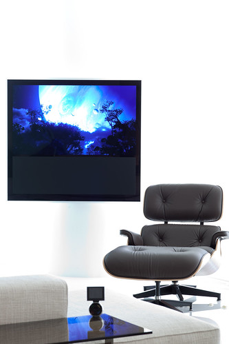 Bang & Olufsen TV with  Eames Lounge Chair | IMG_2567