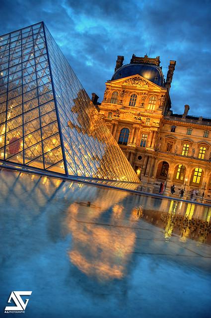 Louvre / sunset
