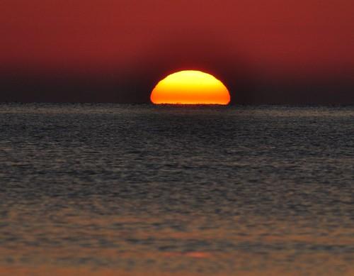 red sea sun colour sunrise nikon tunisia med d5000 dblringexcellence tplringexcellence artistoftheyearlevel3