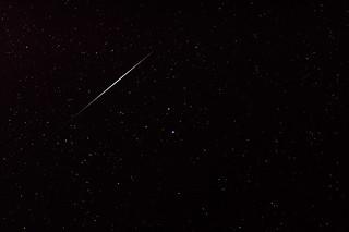 Meteor or Iridium Flare? [5_028205-dk]