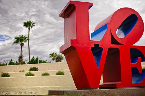 011/365 - Big Love por Ben Elliot