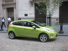 automobile(1.0), supermini(1.0), vehicle(1.0), city car(1.0), ford fiesta(1.0), land vehicle(1.0), hatchback(1.0),