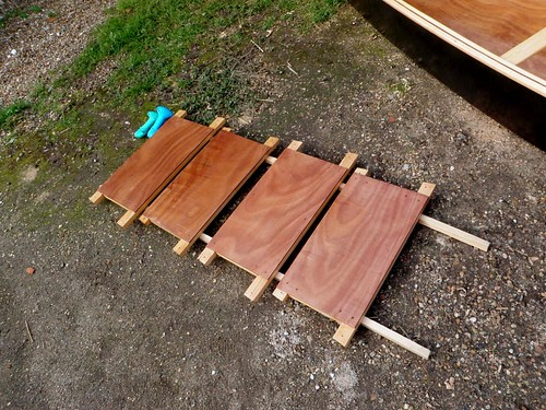 "simple seats for plywood ""Quick Canoe"" designed by Michael Storer"