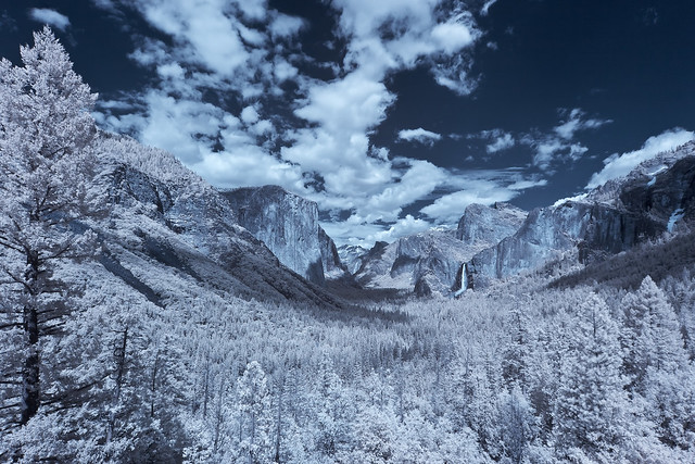 Tunnel View of Yosemite Valley in Infrared [EXPLORED]