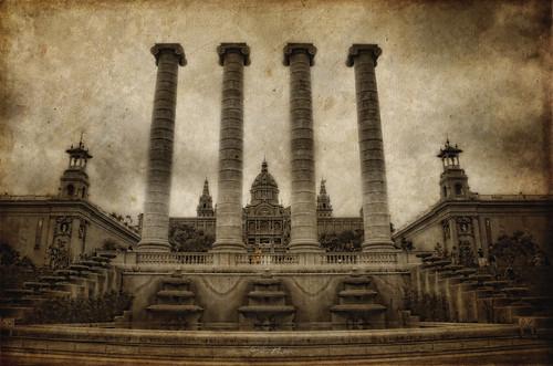 Les 4 columnes de Puig i Cadafalch, Barcelona