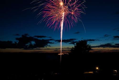 blue red sky orange white black color green raw view bright fireworks fruitlands