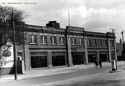 Wilmslow Road, Rusholme, East Side, 1958