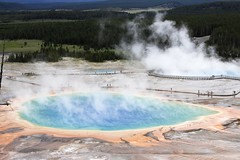 rapid(0.0), national park(0.0), lake(0.0), geyser(0.0), spring(0.0), water feature(1.0), water(1.0), body of water(1.0),