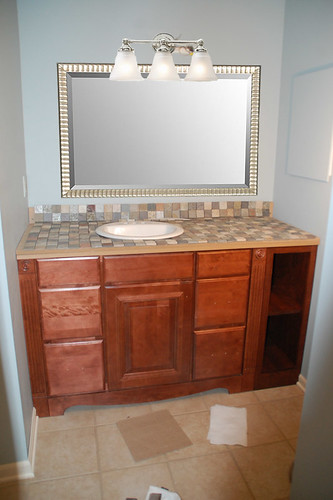 Vanity Lights Off Center : To Center or Not to Center: My Mom s Great Sink Debate - DIYdiva