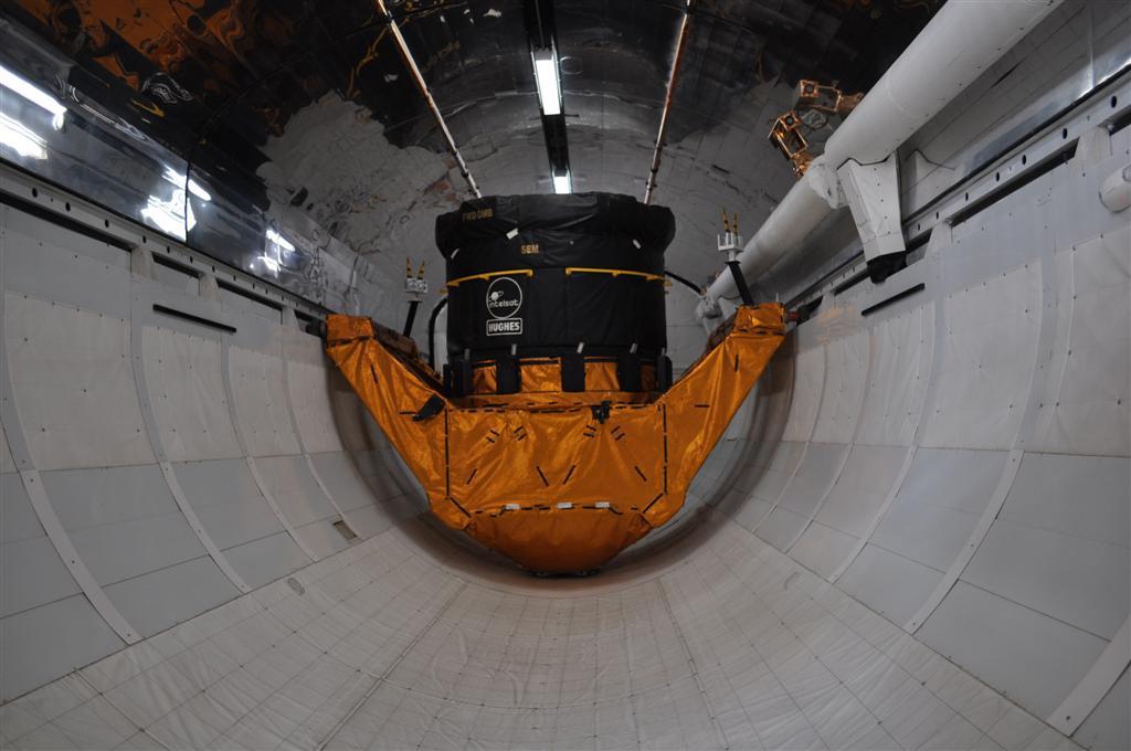 Interior del Transbordador espacial expuesto en el Kennedy Space Center El último viaje del Transbordador Espacial desde Cabo Cañaveral - 5922346317 871a4b2788 o - El último viaje del Transbordador Espacial desde Cabo Cañaveral