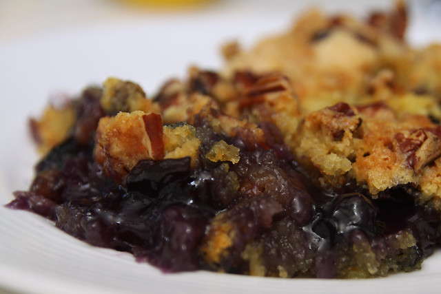 Blueberry Dump Cake With White Cake Mix