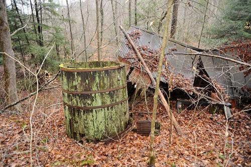 field kentucky oil oilfield powerhouse bigsinkingoilfield fixerkentucky bigsinkingcreek kentuckyoilfield