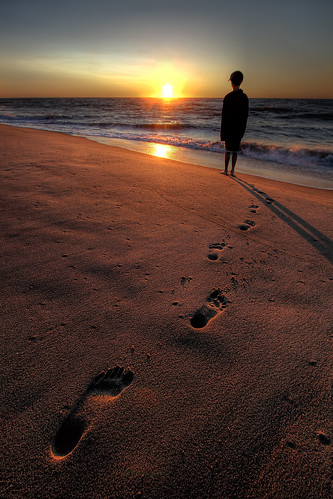 ocean beach sunrise sand footprints maryland oceancity oc handheldhdr