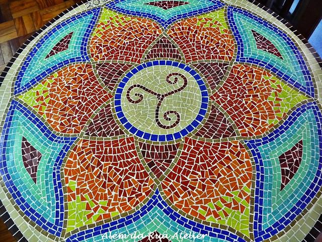 Mandala em mosaico piso de mosaico al m da rua atelier for Mosaico para piso
