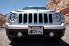 automobile, automotive exterior, jeep cherokee (xj), jeep patriot, wheel, vehicle, automotive design, jeep liberty, grille, bumper, land vehicle, luxury vehicle, vehicle registration plate, motor vehicle,