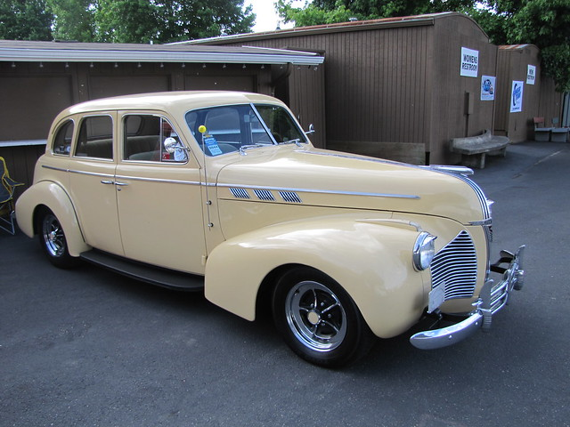 1940 pontiac 4 door sedan explore bballchico 39 s photos on