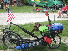 road bicycle, vehicle, sports equipment, land vehicle, bicycle, recumbent bicycle,