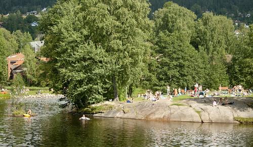 Brekkedammen er et populært badested ved Akerselva i Oslo