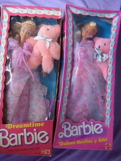 Barbie superstar era: different version of DREAMTIME, indian variant, made in India by LEO, late '80 (left) VS. Mexican version