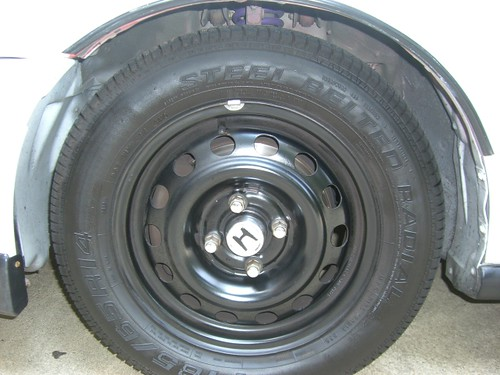 FS_FT Fresh Painted steelies w/ Honda centercap and 95% ...