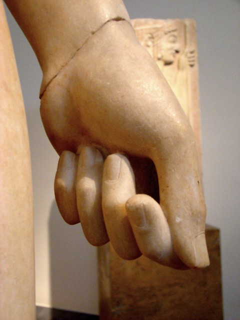 kouros from Merenda, detail