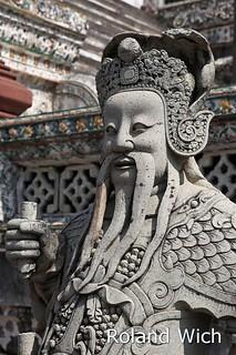 Bangkok - Statue in Wat Arun