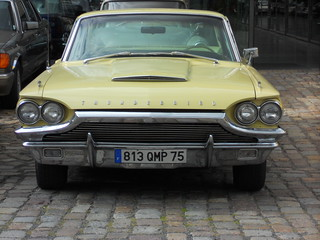 Ford Thunderbird Hardtop Coupe (1964)
