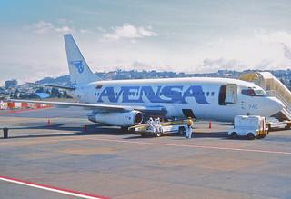 165ac - AVENSA Boeing 737-229; YV-74C@UIO;25.02.2002