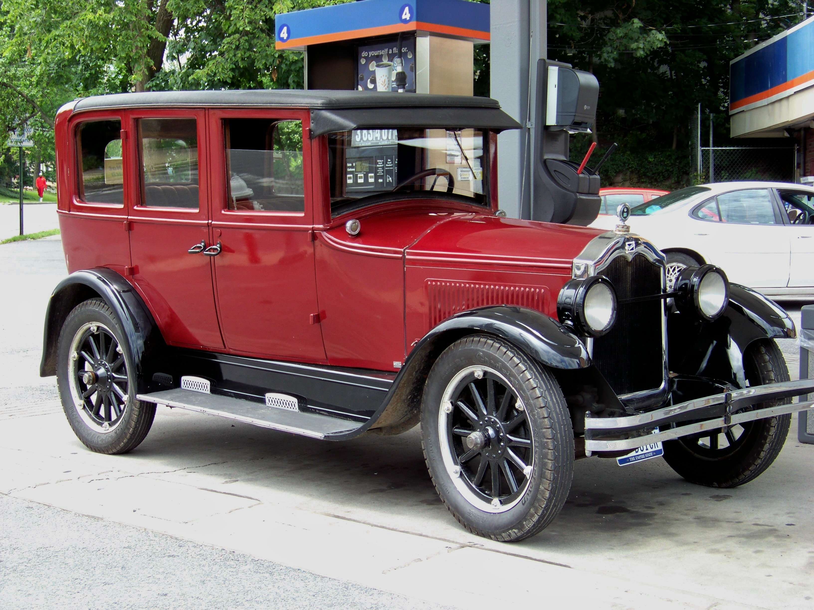 1000+ images about 1920s cars on Pinterest   Buick ...