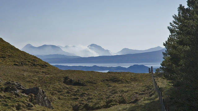 Scotland view by CC user ben124 on Flickr