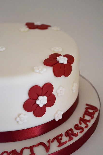 Cake Ideas For Ruby Wedding : Ruby Wedding Anniversary Cake Flickr - Photo Sharing!
