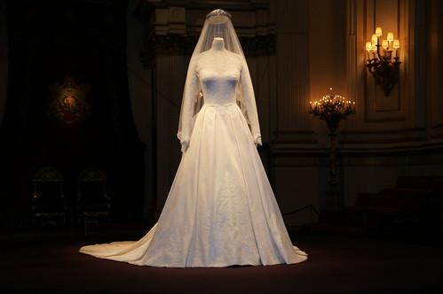 Marilyn 39 s royal blog royal wedding dress designers for British royal wedding dresses