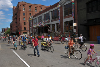Sunday Parkways NW 2011-27-26