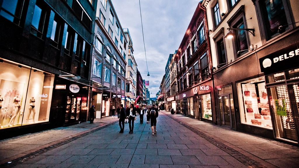 Oslove - Markering Oslo Sentrum 25 juli 2011