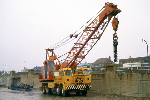 Foden with Priestman Crane AAT 625B at Brighton c1964