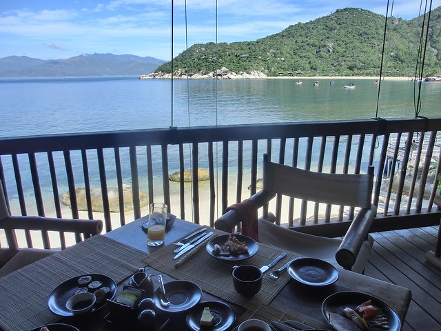 "breakfast our table ""Dining by the bay"" - Six Senses Ninh Van Bay"