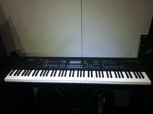 Yamaha 88 key weighted keyboard car interior design for Yamaha cp50 review