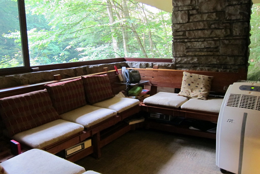 PA - Mill Run: Fallingwater - Sitting Room