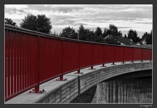 Achtung?!?  Brücke...