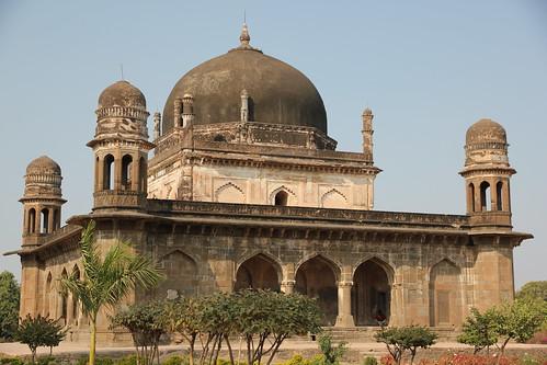 india mausoleum mughals burhanpur greatmoghuls