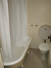 Bathroom (inside bedroom)