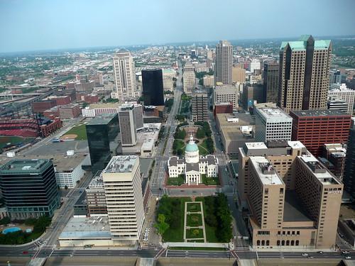 St. Louis real estate has empty neighborhoods