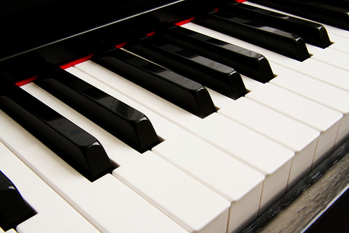 Do you play the piano?