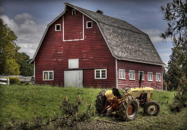 Barn tractor explore doug r matheson 39 s photos on for Building a tractor barn